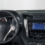 _NP300_NAVARA_2016_Dashboard_with_NissanConnect_Screen